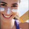 Macchie scure, esposizione al sole: la pelle merita attenzioneLe macchie scure sono un problema che affligge molte donne. Sono dovute all'azione del sole e compaiono su pelli geneticamente predisposte. C'è […]